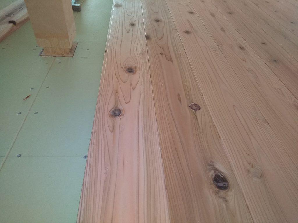 4種の床材
